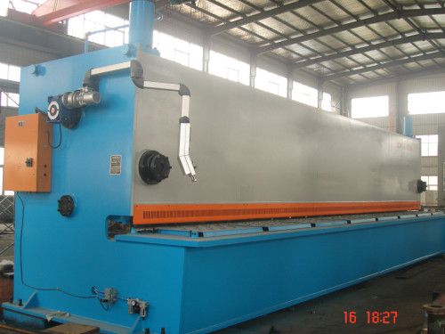 CNC Hydraulic Swing Beam Shear